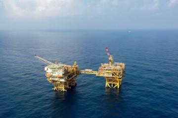 我国首个海上智能气田群建成海上油气生产迈向数字化